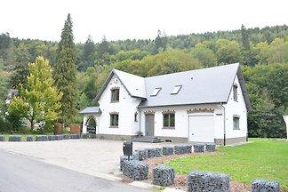 Wunderschöne Villa in Houffalize mit Garten