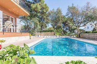 Gemütliche Ferienwohnung mit Pool in Calella ...