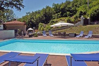 Villa di lusso con vasca idromassaggio e pisc...