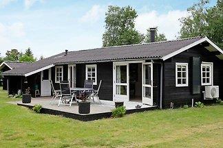 Traumhaftes Ferienhaus in Jerup mit Terrasse