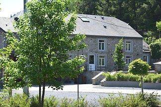 Renovierte Mühle in Gedinne mit Garten