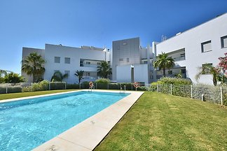 Modernes und helles Apartment mit Blick vom L...