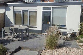 Modernes Ferienhaus in Egmond aan Zee mit...