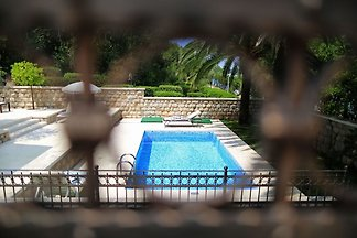 Villa on an exclusive location in Dubrovnik w...