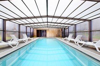 Luxuriöse Villa mit eigenem Pool und Sauna in...