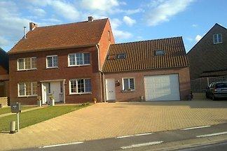 Modernes Ferienhaus in Dessel mit See in der...