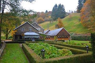 Luxuriöse Mühle in Vresse-sur-Semois mit...