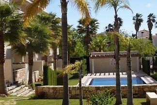 Moderne Ferienwohnung mit Swimmingpool in...