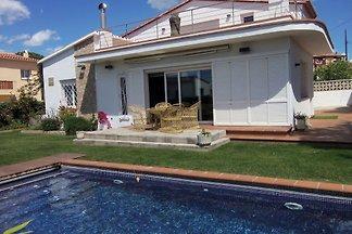 Schönes Ferienhaus in L'Escala, Spanien mit...