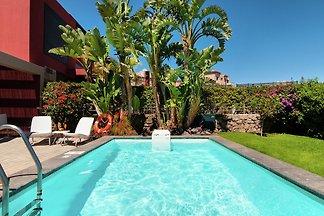 Luxuriöse Villa mit Pool in San Bartolomé de...