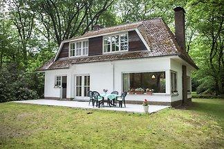 Gemütliches Ferienhaus in Westmalle mit eigen...