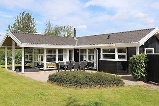 5 Sterne Ferienhaus in Otterup