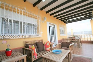 Geräumiges Ferienhaus in Andalusien mit priva...