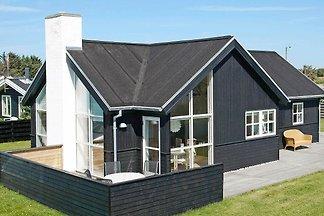 Gemütliches Ferienhaus in Løkken mit Sauna