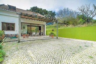 Bequemes Ferienhaus in der Gemeinde Setúbal i...