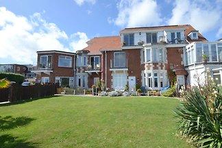 Gemütliches Ferienhaus in Swanage mit Balkon