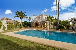 Luxuriöse Villa in El Verger mit Swimmingpool