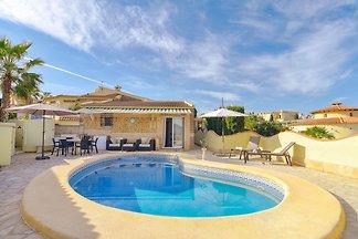 Komfortable Villa in Pedreguer mit...