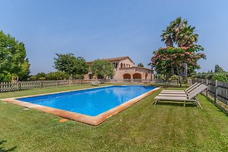 Geräumige Villa mit Swimmingpool in St.