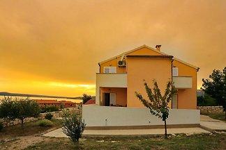 Gemütliches Ferienhaus mit eigener Terrasse i...