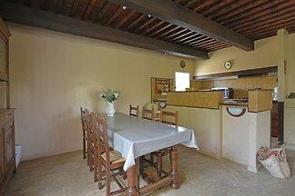 Gemütliche Villa in Flaux mit Swimmingpool