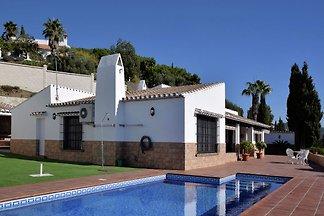 Reizvolle Villa in Arenas mit privatem...