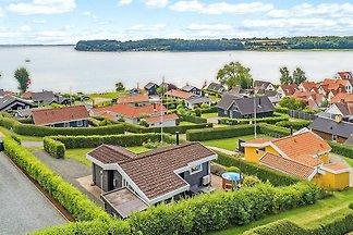 4 Sterne Ferienhaus in Sjølund