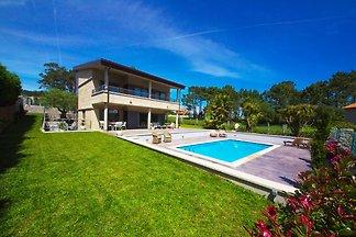 Luxuriöses Ferienhaus mit Swimmingpool in San...