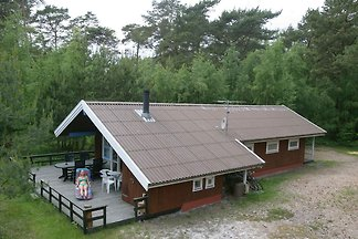 Gemütliches Ferienhaus mit Whirlpool in Nexø