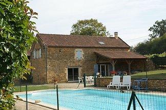 Ruim vakantiehuis in Aquitaine met...