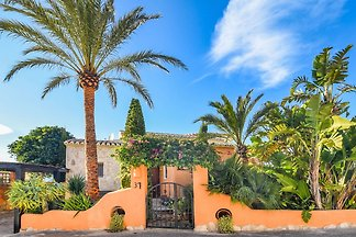 Moderne Villa in Cumbre del Sol mit eigenem...