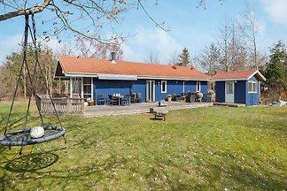 Ruhiges Ferienhaus in Seeland mit Garten