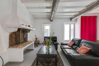 Renoviertes Haus für vier Personen im alten K...