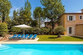 Villa mit Geschirrspüler, Whirlpool, Golfplat...