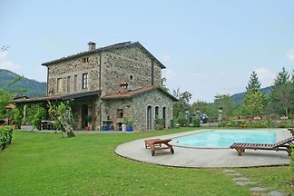 Luxuriöse Villa in San Romano in Garfagnana m...