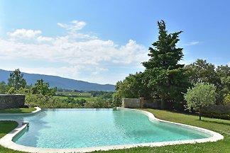 Heritage-Villa in der Provence mit Infinity...