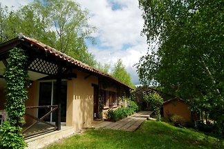 Einfamilienhaus mit Terrasse im Süden der...