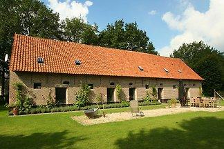 Ländliches Ferienhaus in Beernem mit Sauna un...