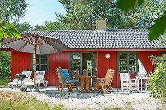 Gemütliches Ferienhaus in Nexo mit...