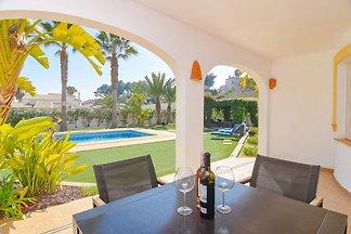 Luxuriöse Villa mit Swimmingpool in Benissa...