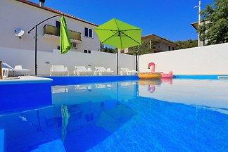 Modernes Apartment in Bibinje mit Pool