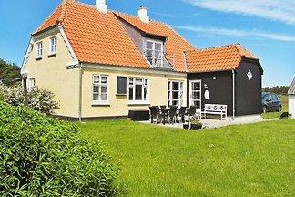 Geräumiges Ferienhaus in Skagen mit Terrasse