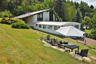 Gemütliche Villa mit Sauna und Swimmingpool i...