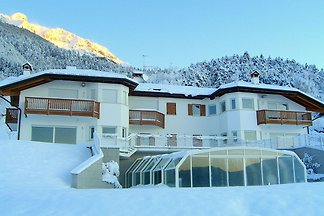 Apartment is located in a villa 700m above se...