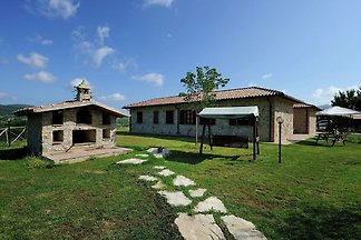 Lovely Farmhouse in Umbria with Swimming Pool