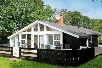 Luxuriöses Ferienhaus in Hemmet mit Sauna