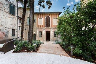 Modernes Appartement in San Severino Marche m...
