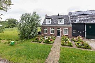 Authentisches Zeeland Bauernhaus mit vielen o...