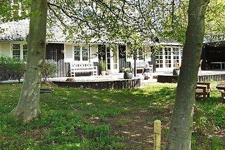 Wunderschönes Ferienhaus mit Garten in Logsto...