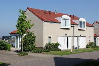 Komfortables Haus mit Blick auf den Hafen im...